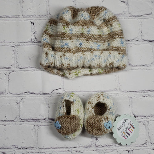 Hat and Bootees Set - LilChic BabyBug Boutique LLC