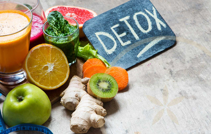 5 Signs You Need to Do a Detox Cleanse & Where to Start
