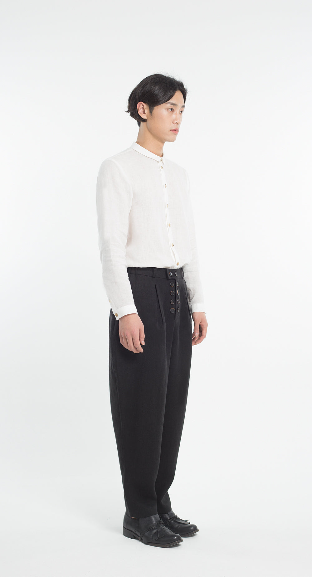 Inverted Pleats Double Button Linen Pants BK