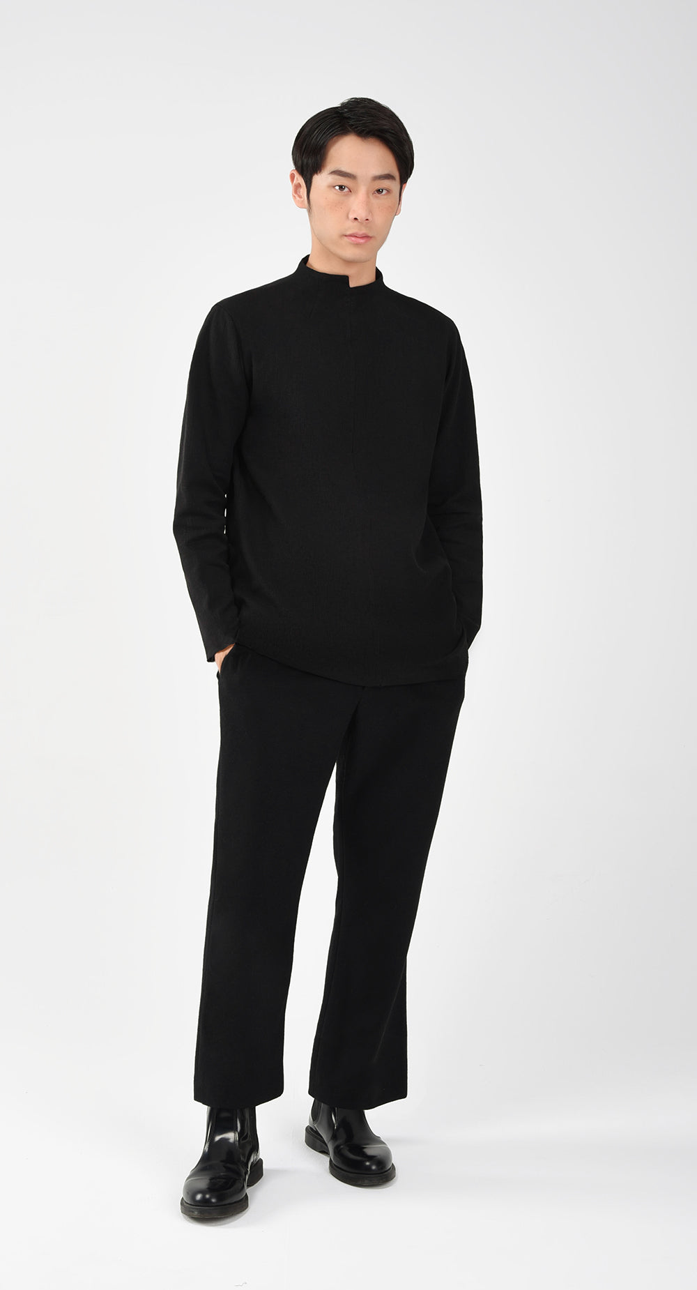 FW Unbalanced Turtle Neck Shirt BK