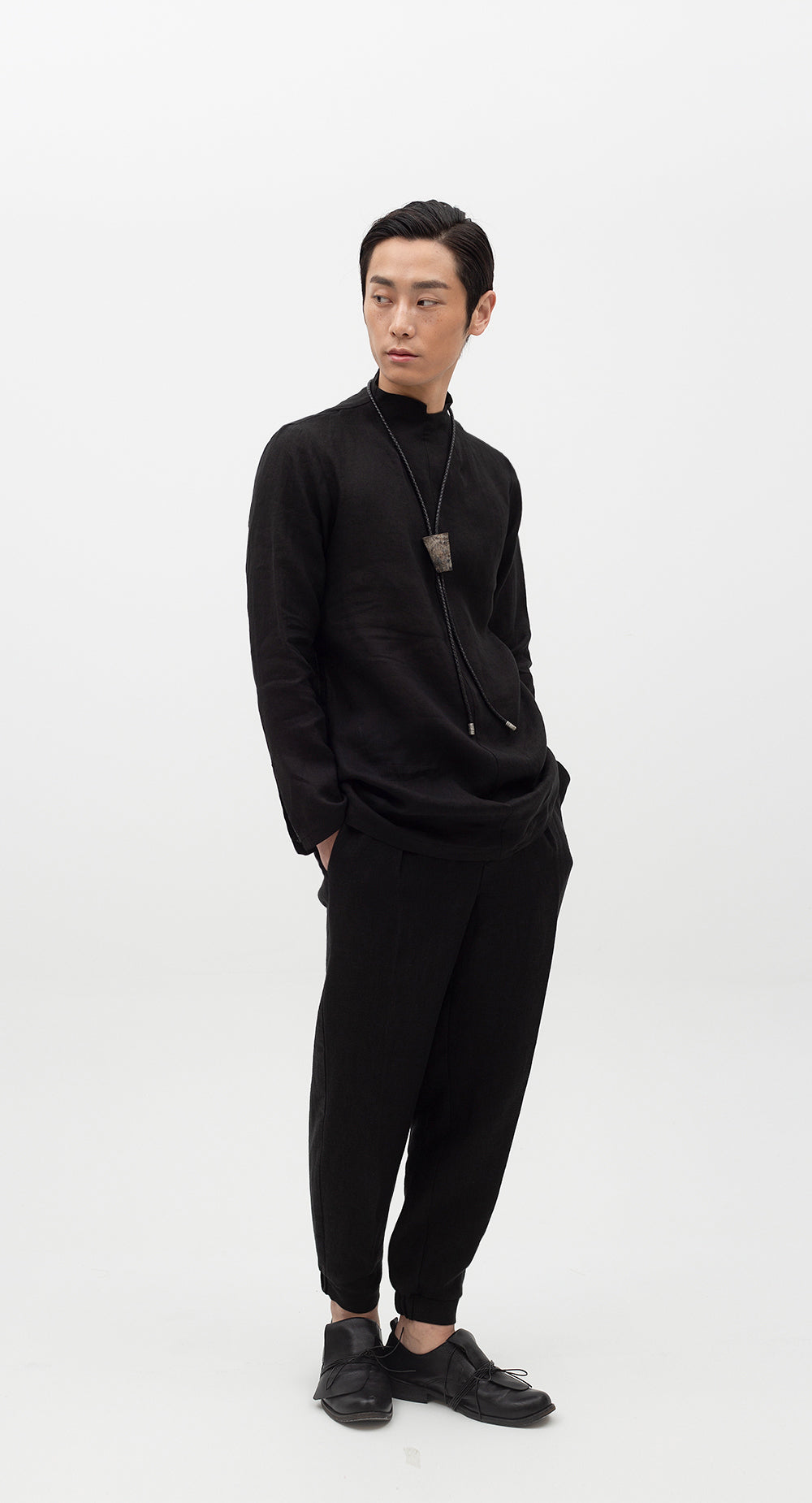 Unbalanced Turtle Neck Linen Shirt BK
