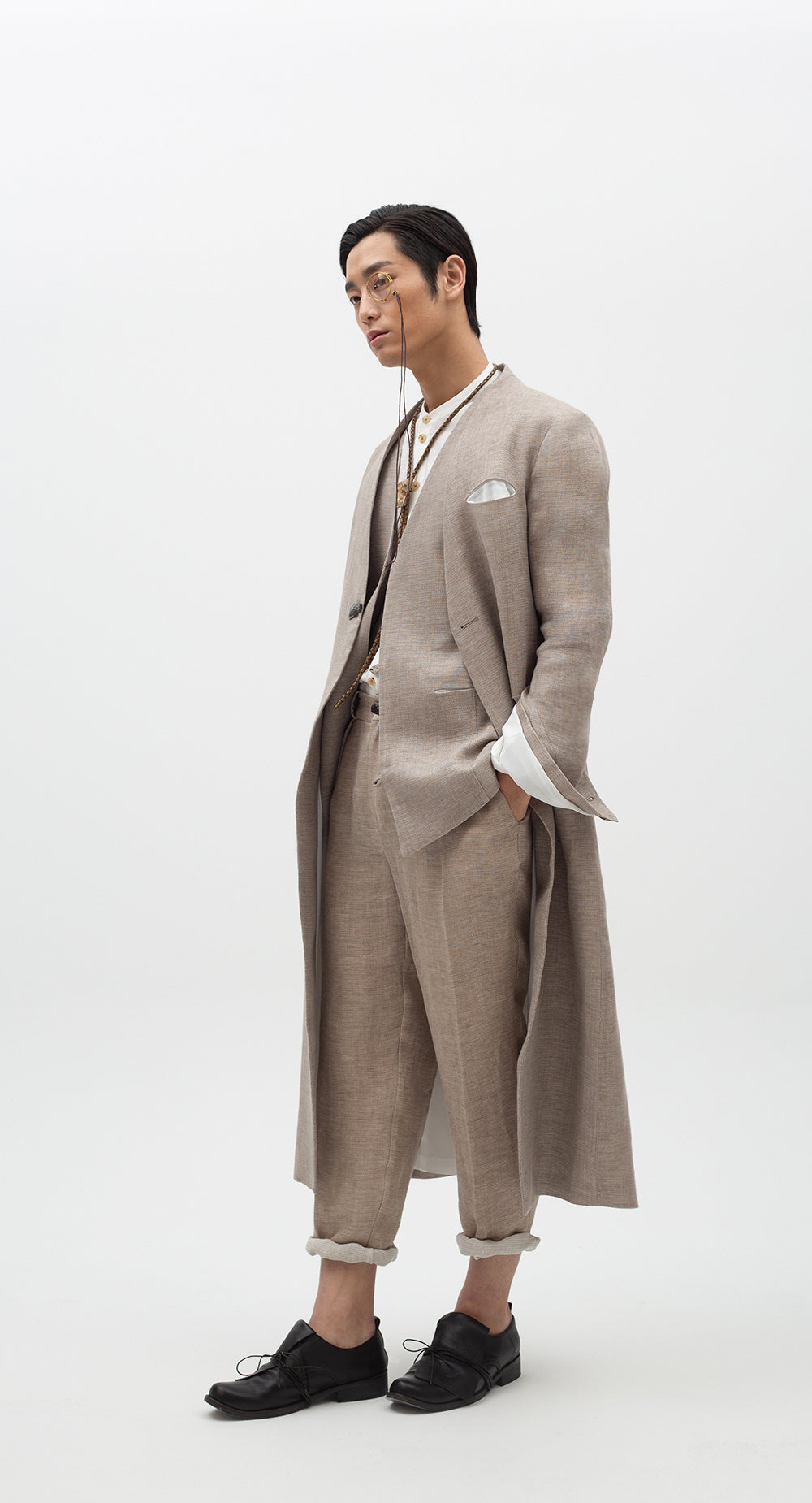One-Tuck Linen Pants BE