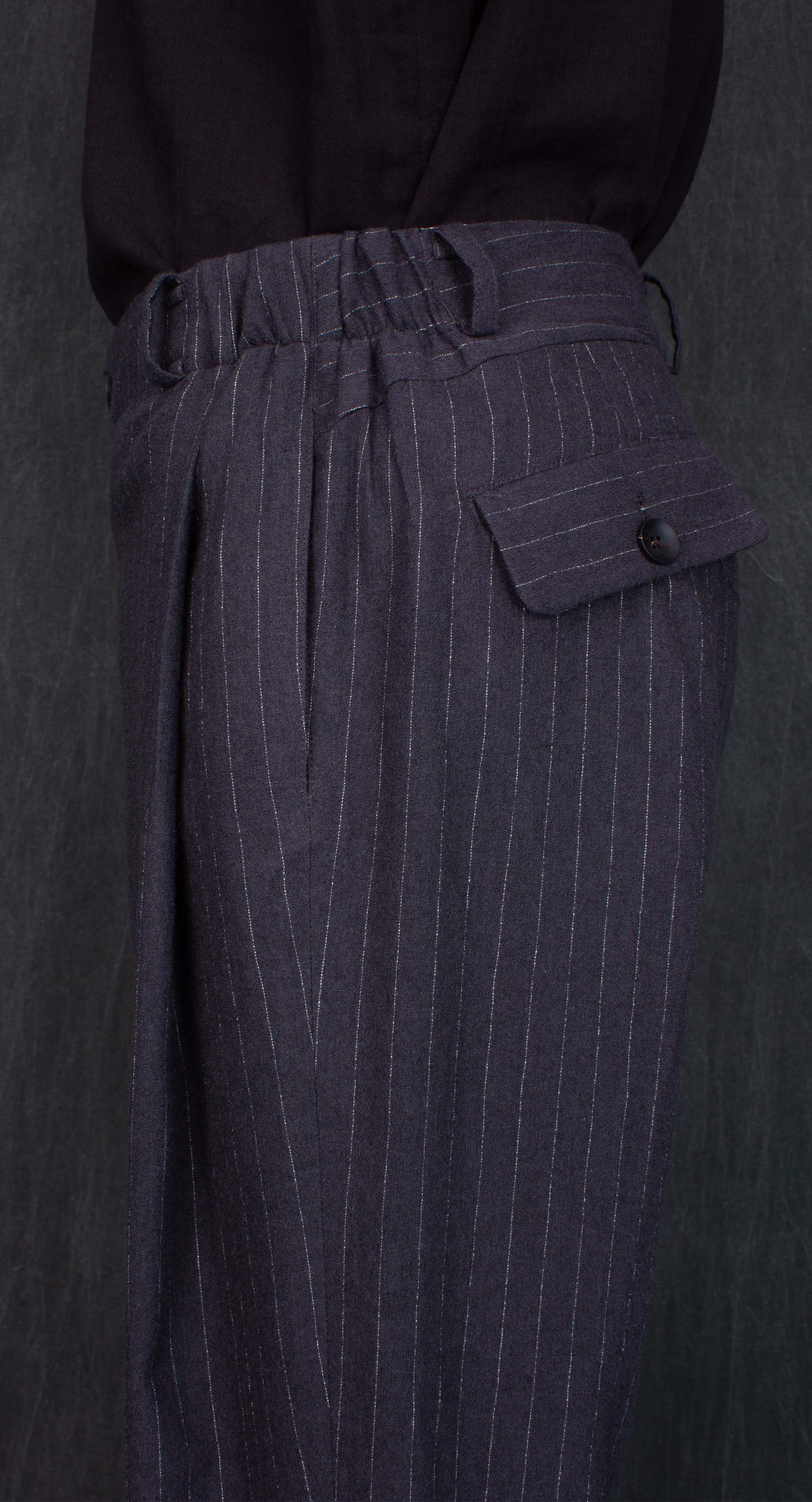 Deep Pleated Standard Fit Trousers DG