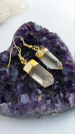 Load image into Gallery viewer, Quartz Earrings, Quartz Point Earrings, Raw Clear Quartz Earrings