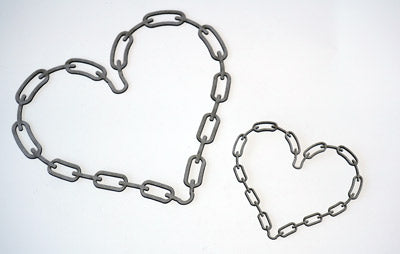 Frame Chained Hearts