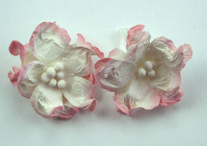 Green Tara - Apple Blossoms - White/Pink