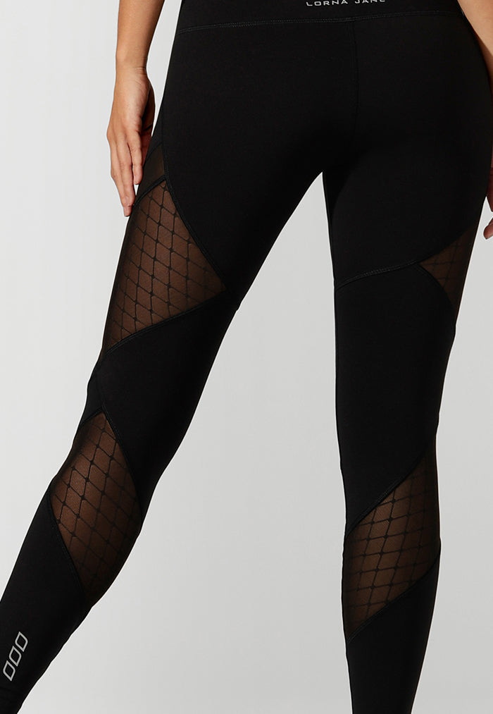 Fish net design on mesh