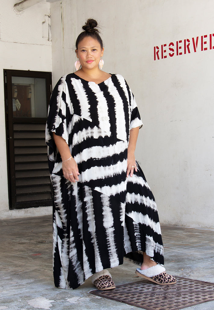 Roses & Rhinos Diagonal Striped Kaftan