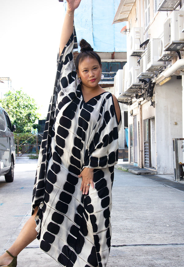 Roses & Rhinos Geometric Cold Shoulder Kaftan