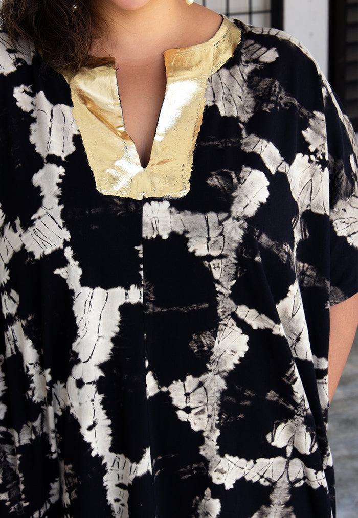 Gold foil detail on neckline