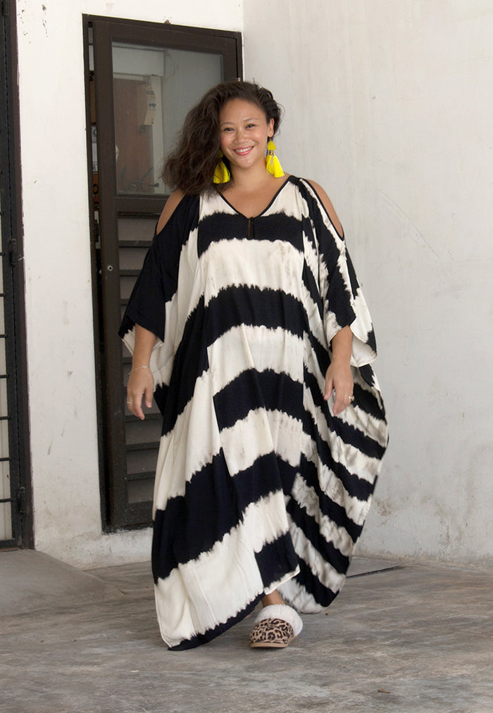 Roses & Rhinos Striped Cold Shoulder Kaftan