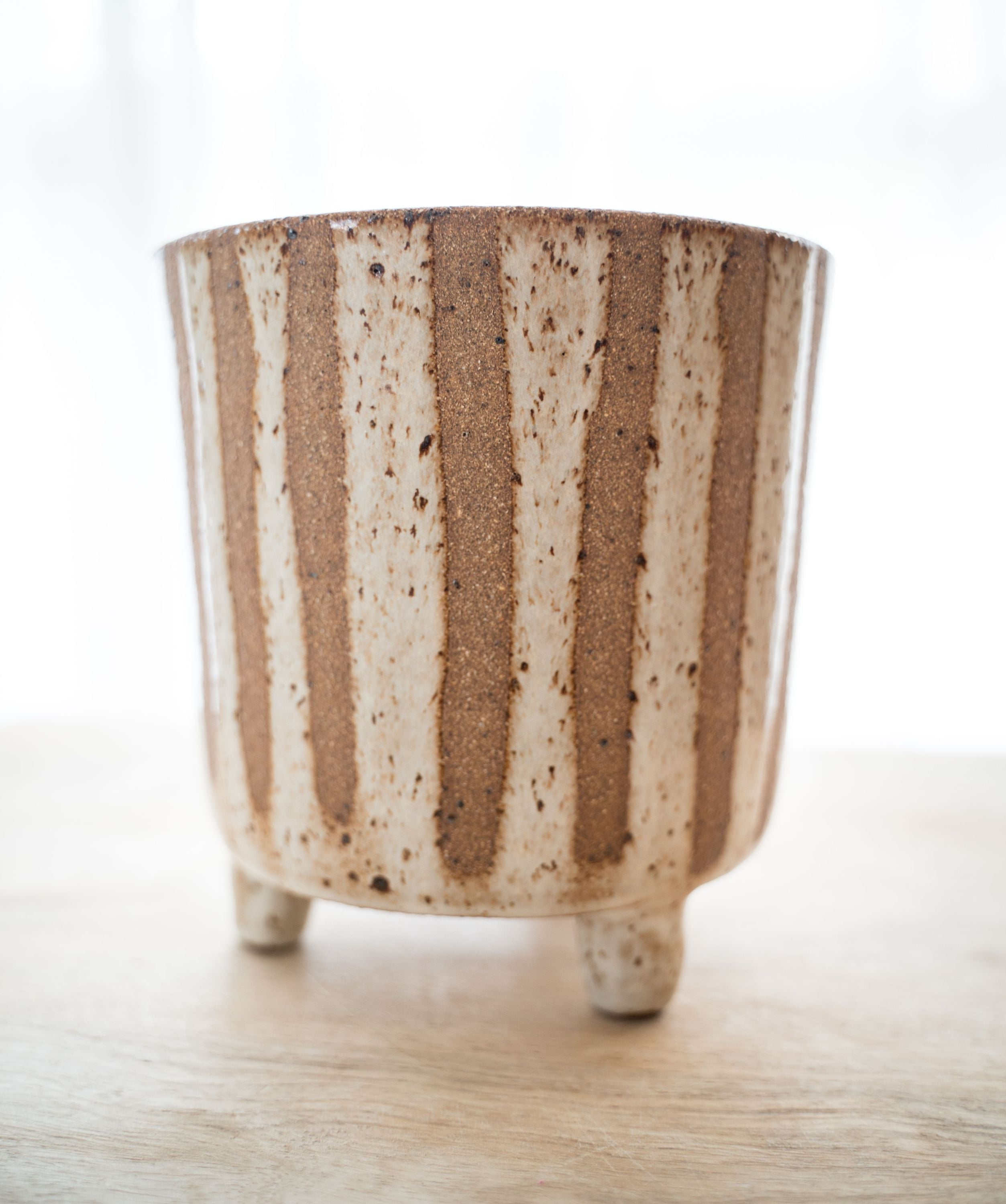 Rustic stumpaloompa planter