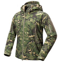 Load image into Gallery viewer, Shark Skin Soft Shell Tactical Military Jacket. Waterproof Fleece Coat - Army Camouflage Windbreaker