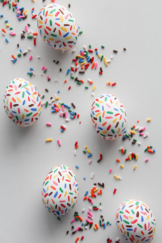 DIY sprinkle eggs