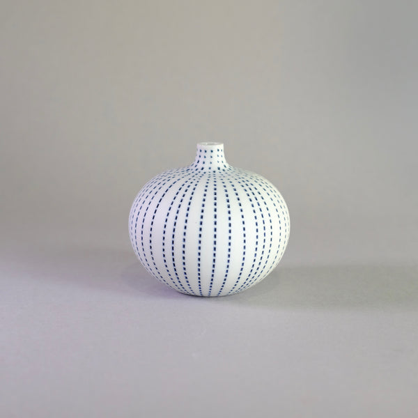 Mini Scandi Pot - Bari Blue Dots.