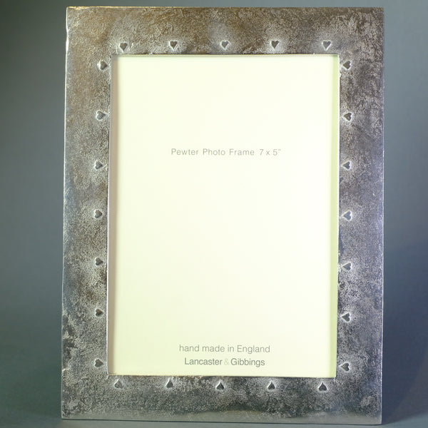"Handmade Heart Design Pewter Photo Frame  (7"" x 5"" Picture)"