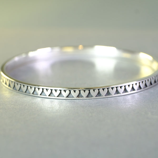 Linda Macdonald Handmade Silver Heart Bangle Bracelet.