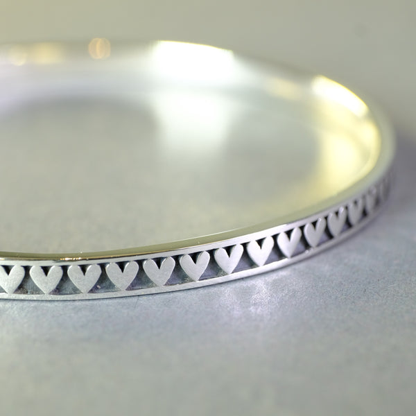 Linda Macdonald Handmade Silver Heart Bangle Bracelet - Small.