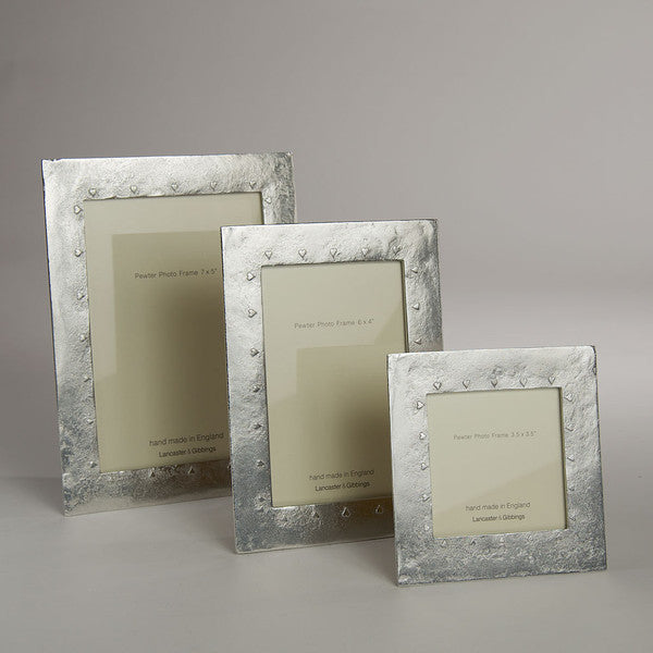 "Pewter Photograph Frame for 6"" x 4"" Picture."