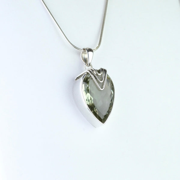 Pear Shaped Silver and Green Amethyst Pendant.