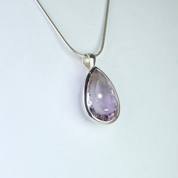 Tear Drop Silver and Amethyst Pendant.
