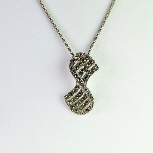Marcasite and Silver Twist Pendant.
