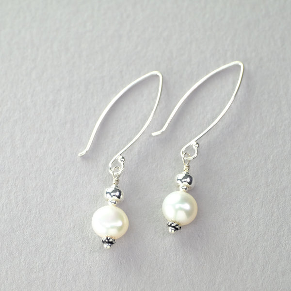 Silver and Freshwater Pearl Drop Earrings.