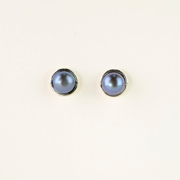 Silver and Black Pearl Stud Earrings.