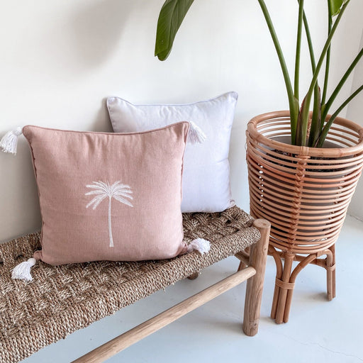 Airlie Single Palm Cushion w/Tassels