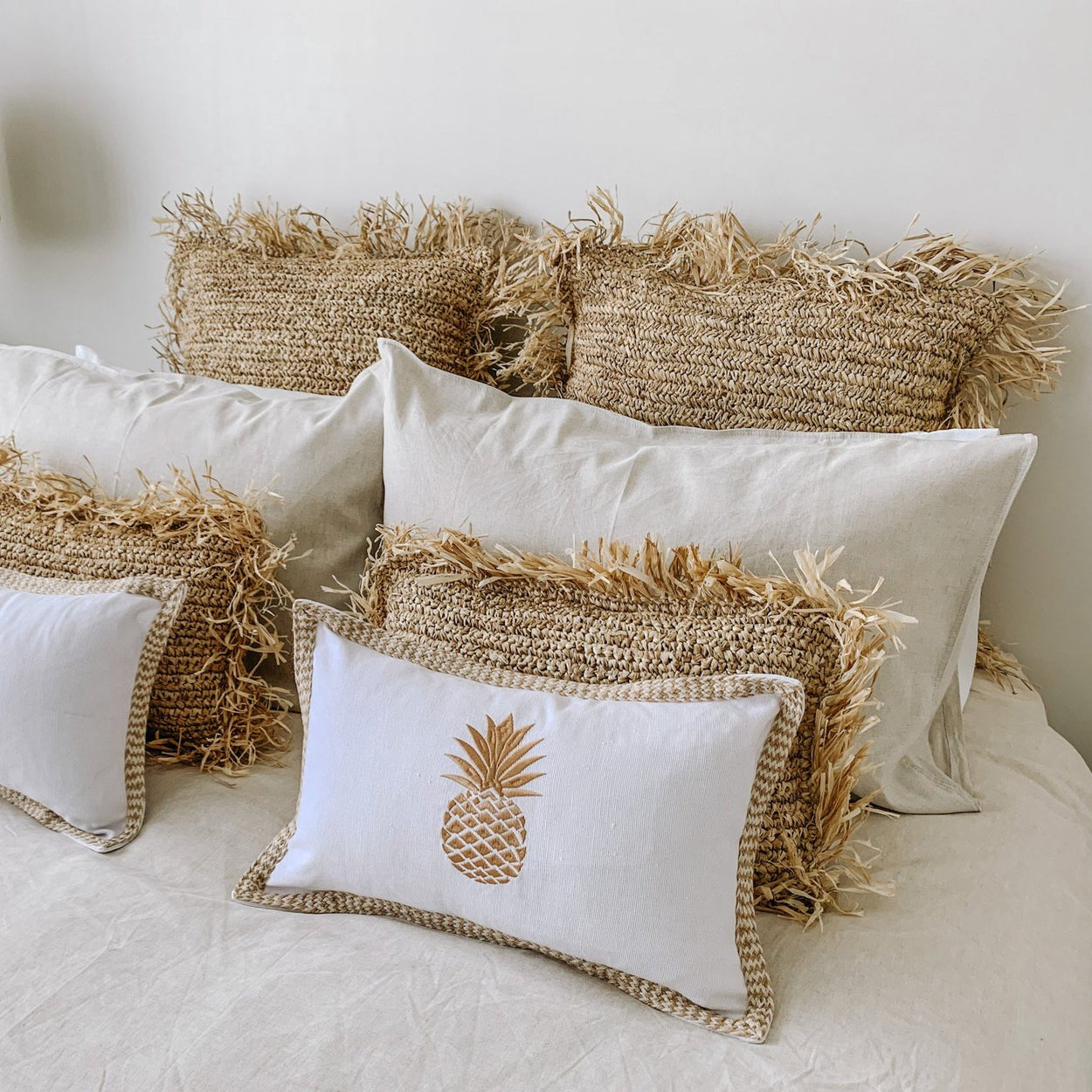 Raffia Cushions/Natural