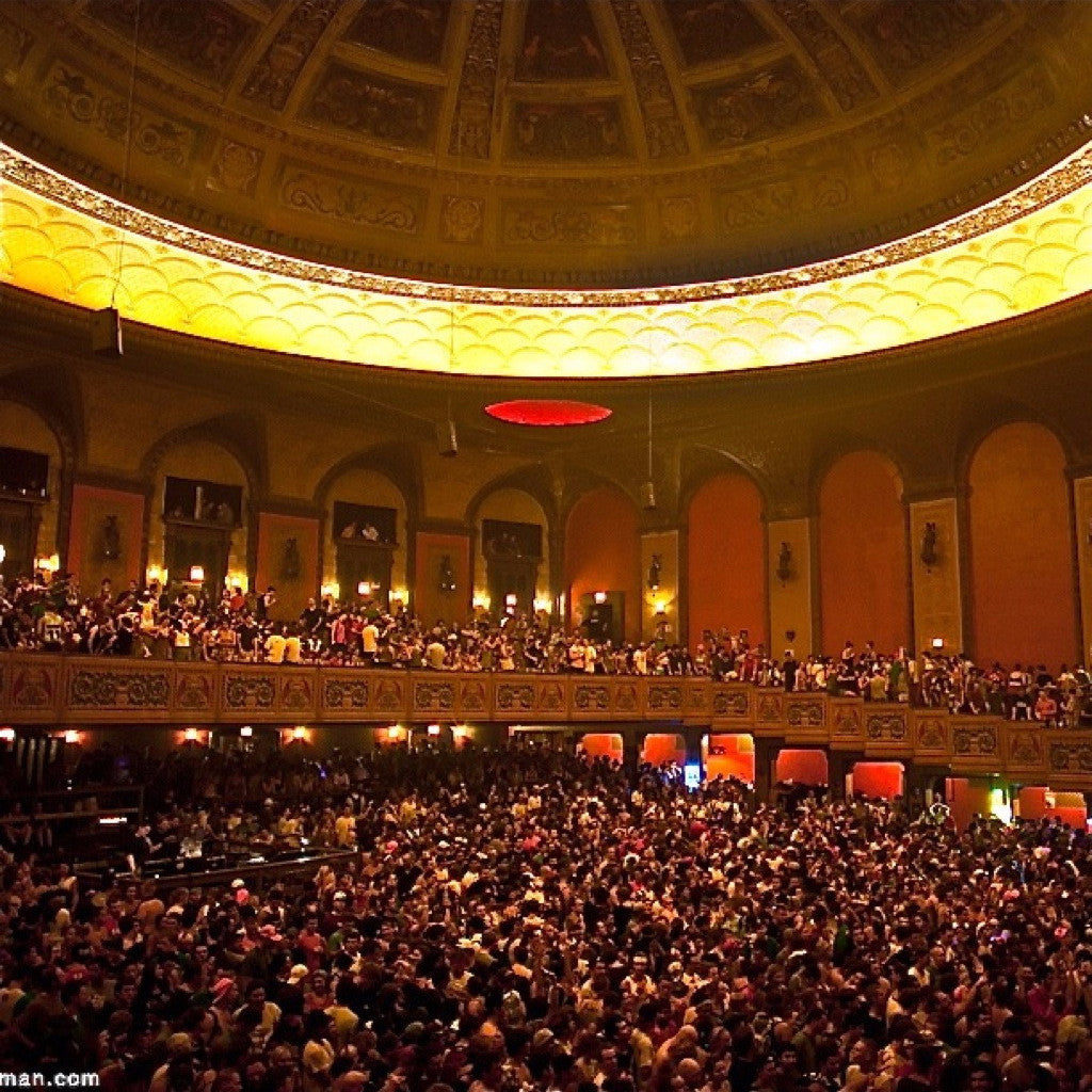 2011.09.02 :: Congress Theatre :: Chicago, IL