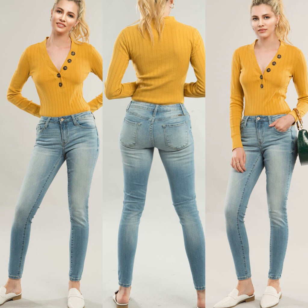 Holly Pacific Light Wash Skinny Jeans by KanCan - Haute Stuff Boutique