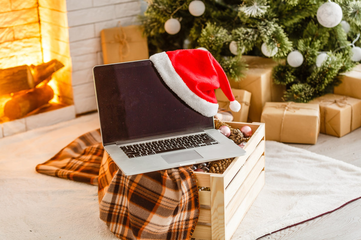 7 Tips for Throwing a Virtual Office Holiday Party They'll Want to Attend
