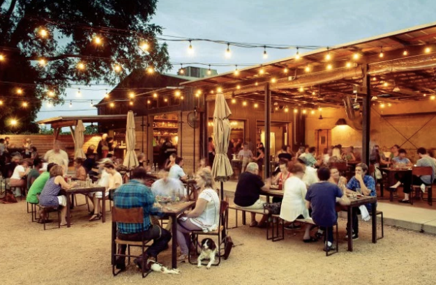 Contigo | Austin Texas patio and outdoor bar