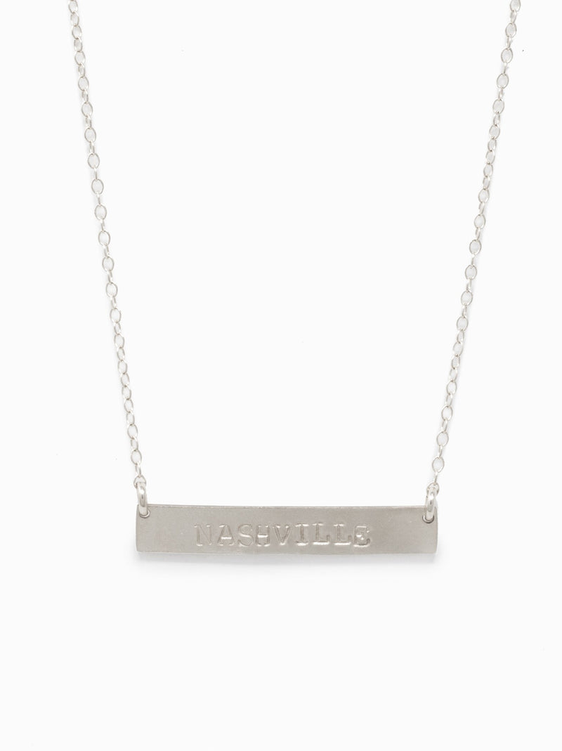 products/Horizon_Necklace_Silver_2048x2048_260f61f8-4a22-49f9-815d-78b176eb5443.jpg