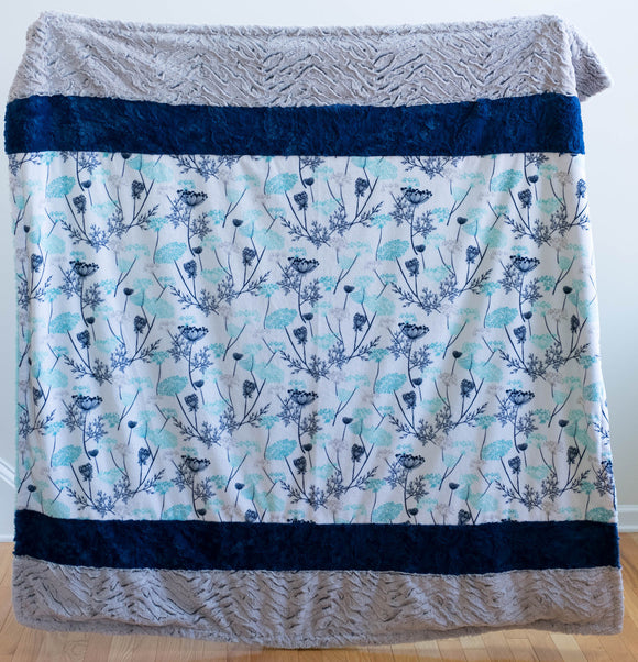 Cuddle Blanket  Queen Anne's Lace, Saltwater/Blue