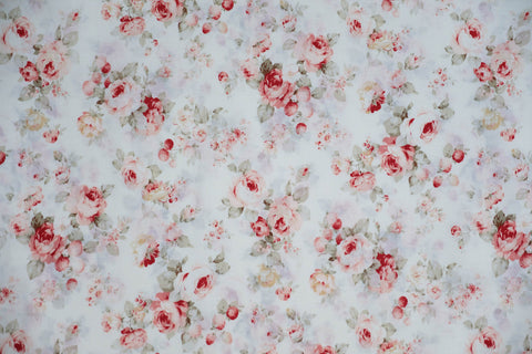 Quilting Fabric LECIEN Durham QUILT Medium Rose lcn 31070-10 white, Red rose.