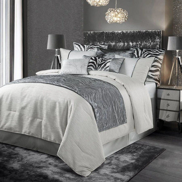 Celeste Silver Velvet & Wave Embroidered Bed Runner