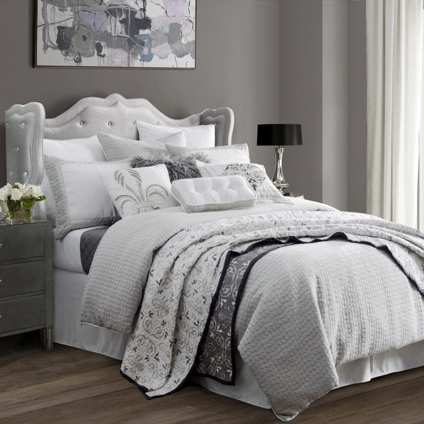 Wilshire 4-PC Bedding Set