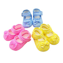 Load image into Gallery viewer, Newborn Baby Girl Shoes Fashion Lovely Bowknot Printing Newborn Cloth Comfortable Affordable Shoes обувь для новорожденных