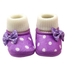 Load image into Gallery viewer, Newborn Baby Shoes Winter Warm Baby Boots Crown Fur Slip-On Furry Infant Warm Prewalkers Soft Sole Shoes For Girls 0-18M