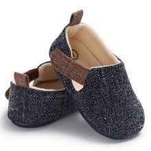 Load image into Gallery viewer, Infant Shoes Spring Autumn Baby Boy Solid Shoes Non-slip Breathable Toddler Hook Loop First Walkers forborn