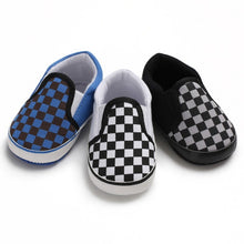 Load image into Gallery viewer, Baby Boy Plaid Pattern Anti-Slip Casual Walking Shoe Soft Soled First Walkers