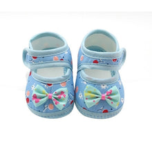 Load image into Gallery viewer, Summer Baby Girl Cloth Soft Sole Booties First Walkers Round Dot Prewalker Shoes With Bowknot Shoes