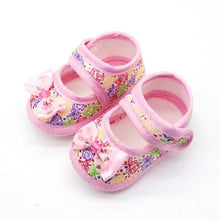 Load image into Gallery viewer, 3 Styles Little Princess Canvas Baby Shoes Baby Girl Floral Print Soft-Soled Crib Shoes Flower insert prewalkers