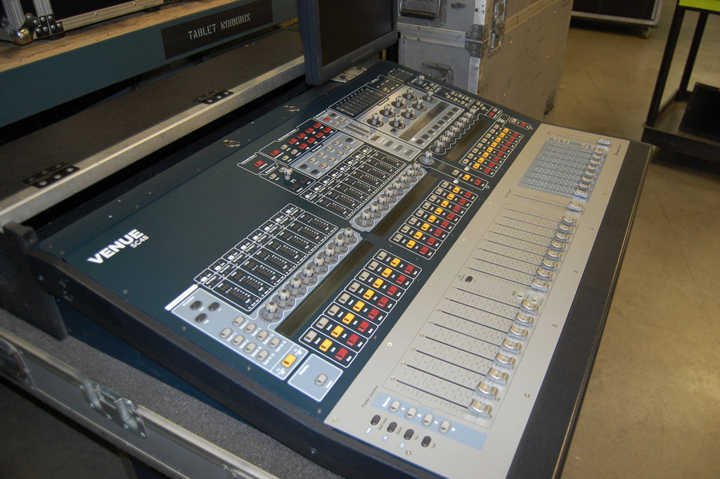 AVID Venue SC48 Mixing System with Touring Case