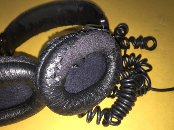 Sony MDR-7506 Dynamic Stereo Headphones, Worn Earpads