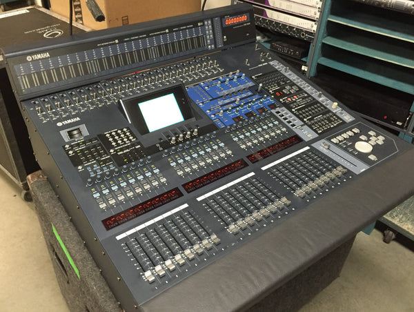 Yamaha DM2000 Mixing Console with Meter Bridge & Touring Case