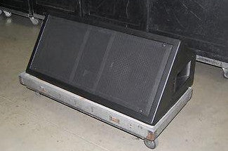 CLAIR LP1215 Wedge Stage Monitor and Touring Case