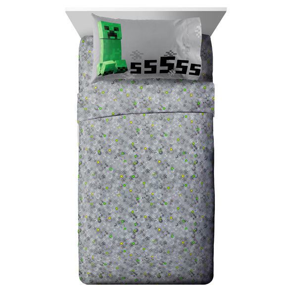 View 4 of Minecraft Creeper Twin Bed in a Bag photo.